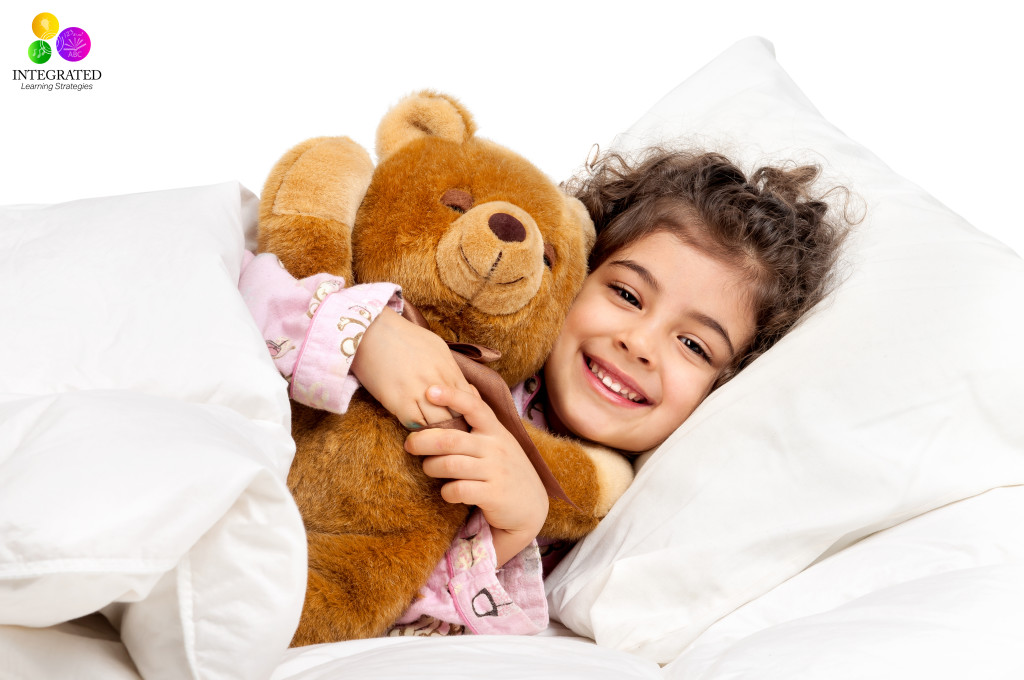 7 Smart Sensory Tricks for Kids who have trouble Sleeping | ilslearningcorner.com #kidssleep